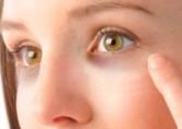 Камуфляж темных кругов под глазами татуажем или перманентным макияжем