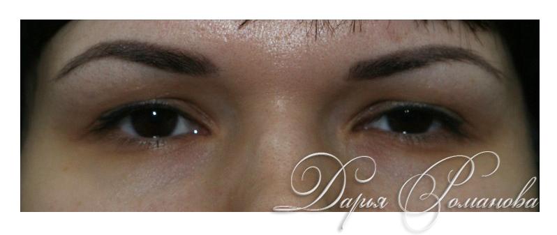 Перманентный макияж бровей для брюнеток также может отличаться нежностью и естественностью.