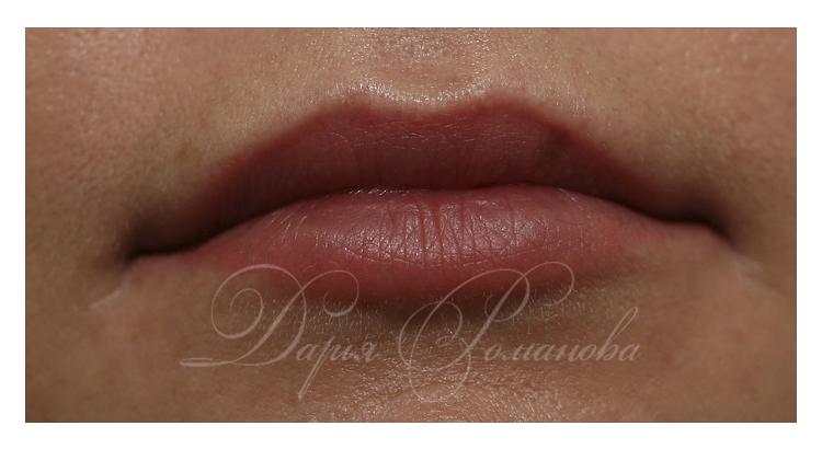 Натуральный перманентный макияж губ